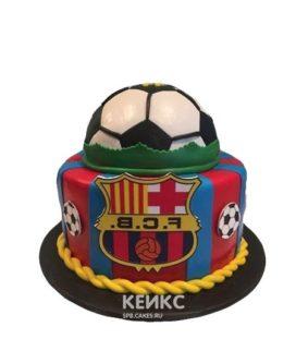 Торт Барселона с футбольным мячом и эмблемой ФК