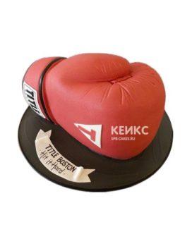 Торт бокс в виде красной боксерской перчатки