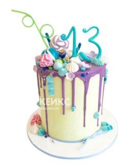 Торт с цифрой и сладостями на 10 лет девочке