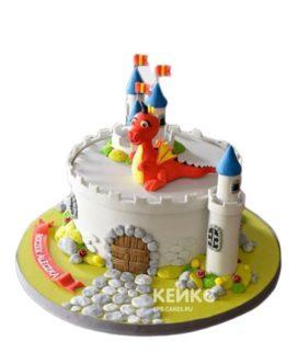 Торт красный дракон в замке