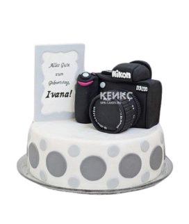Торт с фотоаппаратом Nikon