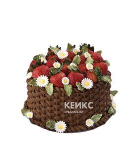 Фруктовый торт с ягодами и ромашками на день рождения