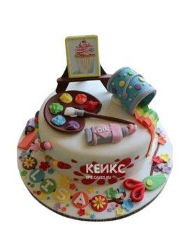 Разноцветный торт с мольбертом и картиной