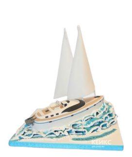 Торт в виде яхты с парусами