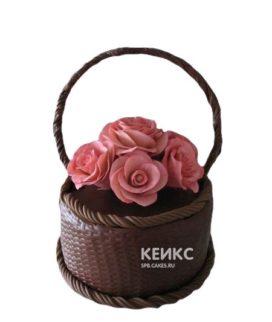 Шоколадный торт Корзина с розовыми цветами