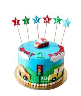 Разноцветный детский торт с машинками и звездами