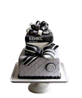 Торт на юбилей мужчине 55 лет черно-белый с бантиком