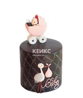 Торт с розовой коляской и аистом на рождение девочки