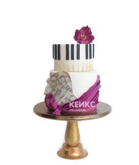 Торт пианино с клавишами и цветком