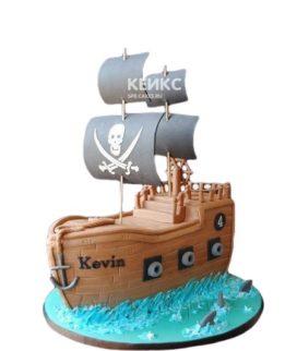 Торт пиратский корабль с серыми парусами