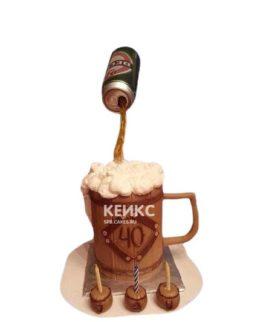 Торт в виде кружки с пивом