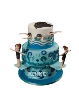 Торт плавание с фигурками девушек-плавчих