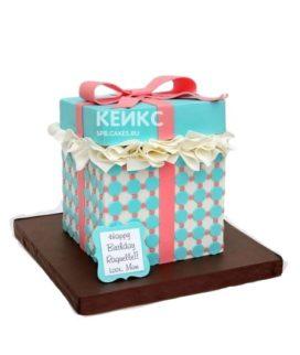 Торт подарок в виде коробки с розовым бантом