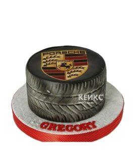 Торт в виде шины с логотипом Порше