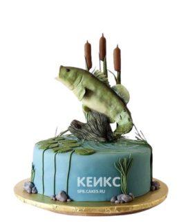 Торт для рыбака с фигуркой рыбы