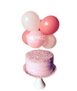 Торт с разноцветными воздушными шариками