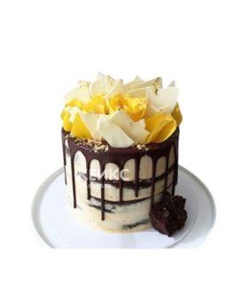 Торт с живыми цветами 5