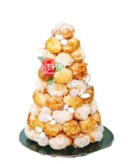 Необычный свадебный торт крокембуш из заварных пирожных