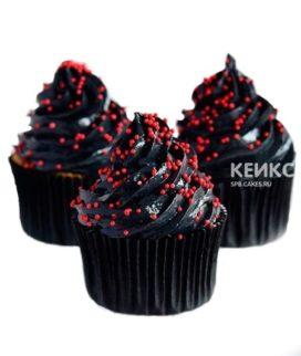 Черные капкейки с красными горошинами