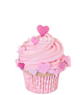 Капкейки с розовым кремом и сердечками
