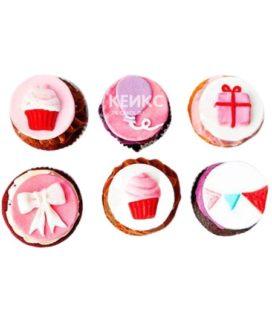 Капкейки на день рождения розово-белые