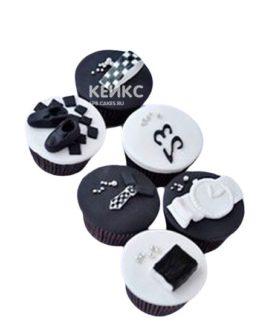 Черно-белые капкейки на день рождения
