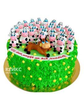 Яркий зеленый торт 33 коровы с теленком