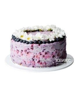 Торт без глютена с ягодами и ромашками