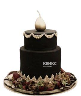 Двухъярусный черный торт с грушей