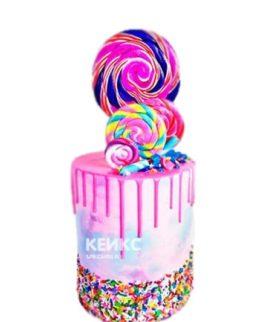 Торт с разноцветными сладостями на 15 лет девушке