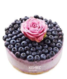 Торт для беременных с черникой и цветком