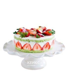Французский торт фрезье с дольками клубники