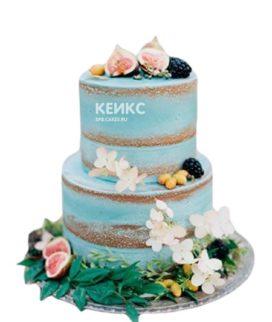 Голубой торт с цветами и фруктами
