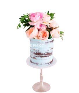 Голубой торт голый с цветами