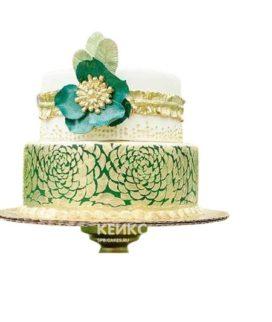 Торт изумрудный с золотыми розами