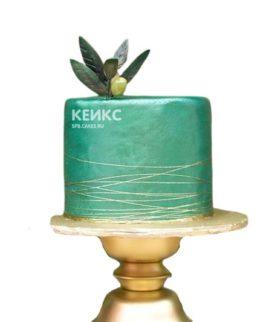 Красивый изумрудный торт с листочками