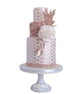 Эксклюзивный торт бело-бронзовый с цветком на день рождения
