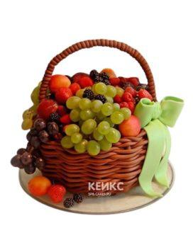 Торт корзина с бантиком с фруктами и ягодами