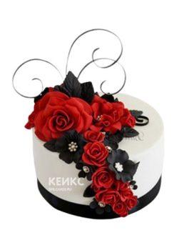 Торт с красными и черными цветами