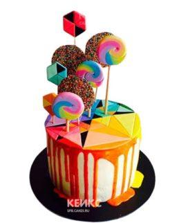 Радужный торт с леденцами