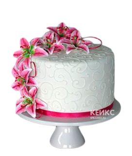Торт с цветами (лилии)