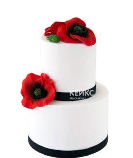 Белый двухъярусный торт с красными маками