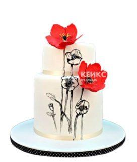 Двухъярусный белый торт с красными маками