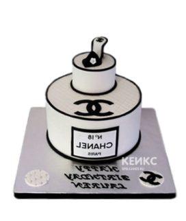 Торт шанель с логотипом и туфелькой