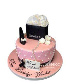 Торт шанель розовый с черной коробочкой