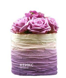Бежево-сиреневый торт с цветами
