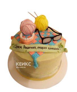 Торт старая клюшка с очками и клубками