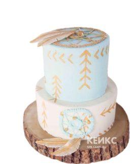 Свадебный торт в стиле бохо с ловцами снов