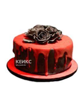 Торт в готическом стиле красный с шоколадными цветами