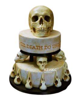Торт в готическом стиле белый с черепами
